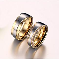 Női Páros gyűrűk Kocka cirkónia utánzat Diamond Szerelem Menyasszonyi Cirkonium Titanium Acél Arannyal bevont Szerelem Ékszerek