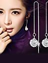 Homme Femme Boucles d\'oreille goutte Imitation de diamant Mode Elegant bijoux de fantaisie Argent sterling Cristal Imitation Diamant Balle
