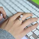 Χαμηλού Κόστους Δαχτυλίδια-Γυναικεία Band Ring - Μαργαριτάρι, Στρας, Προσομειωμένο διαμάντι Πολυτέλεια Ρυθμιζόμενο Ασημί Για Γάμου / Πάρτι / Καθημερινά / Κράμα