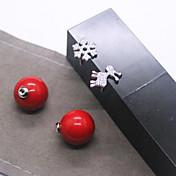 copo de nieve de la perla grande cervatillo chicas pendiente Joker perla de la cáscara roja tiene pendientes asimétricos