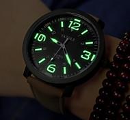 cheap -Men's Quartz Wrist Watch / Military Watch Casual Watch PU Band Charm Black / Brown