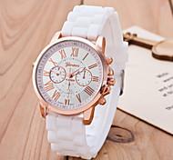 Недорогие -Жен. Кварцевый Наручные часы Повседневные часы силиконовый Группа На каждый день Elegant Мода Черный Белый Синий Красный Оранжевый