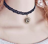 Женский Ожерелья-бархатки Готический ювелирные изделия Кружево Мода Бижутерия Назначение Свадьба Для вечеринок Повседневные