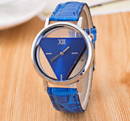 cheap -Women's Quartz Wrist Watch Hollow Engraving / PU Band Casual Fashion Black White Blue Red Pink