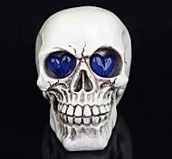 Недорогие -1шт Хэллоуин украшения игрушки новизны смолы черепов глаза светятся призраку ночной свет