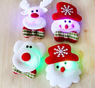 12шт Рождество Санта броши броши вспышки ткани светящиеся рождественские украшения Рождественский подарок (случайный стиль)