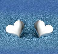 Недорогие -Серьги-гвоздики Бижутерия Любовь Серебрянное покрытие Сплав В форме сердца Бижутерия Назначение Свадьба Для вечеринок Повседневные
