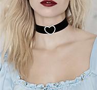 cheap -Women's Heart Personalized Rhinestone Fashion Euramerican Choker Necklace Rhinestone Rhinestone Fabric Alloy Choker Necklace , Party