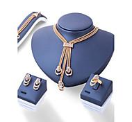 preiswerte -Damen Strass Schmuck-Set 1 Halskette / 1 Paar Ohrringe / 1 Armreif - Euramerican / Modisch Irregulär Gold Schmuckset Für Hochzeit