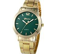 Недорогие -Жен. Часы-браслет Китайский Новый дизайн / Секундомер / Очаровательный сплав Группа На каждый день / Мода Золотистый