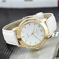 tanie Modne zegarki-Damskie Kwarcowy Zegarek na nadgarstek sztuczna Diament Skóra Pasmo Urok Na co dzień Modny Czarny Biały Niebieski Czerwony Brązowy