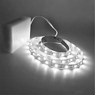 halpa LED-hehkulamput-ZDM® 1.5m Koristevalot 300 LEDit 2835 SMD Lämmin valkoinen / Kylmä valkoinen Leikattava / Ajoneuvoihin sopiva / Itsekiinnittyvä AA-paristot virittyvät 1kpl