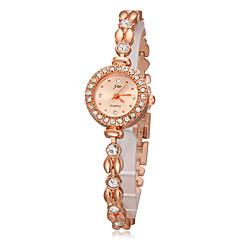 Women's Diamond Round Case Gold Alloy Band Quartz Analog Bracelet Watch Cool Watches Unique Watches Strap Watch