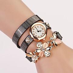 preiswerte Tolle Angebote auf Uhren-Damen Modeuhr / Armband-Uhr Leder Band Blume / Glanz Schwarz / Weiß / Blau