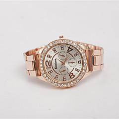 preiswerte Tolle Angebote auf Uhren-Damen Armbanduhr Imitation Diamant Legierung Band Charme / Retro / Modisch Silber / Gold / Rotgold