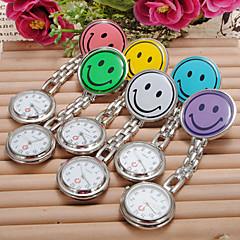 abordables Top Ventas-Mujer Reloj de Pulsera Reloj Casual Aleación Banda Caramelo / Moda Plata / Un año