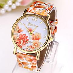 preiswerte Tolle Angebote auf Uhren-Damen Armbanduhr Quartz Schlussverkauf Leder Band Analog Blume Modisch Mehrfarbig - Blau-Gelb Schwarz / Gelb Dunkellila