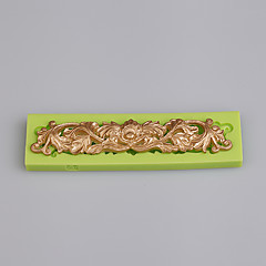 voordelige Bakgerei & Gadgets-Europa type stijl 3d siliconen strip vorm cake bakken siliconen schimmel keuken gereedschap kleur willekeurig