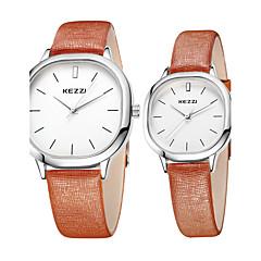 preiswerte Armbanduhren für Paare-KEZZI Paar Armbanduhr Quartz Schlussverkauf Cool / Leder Band Analog Freizeit Minimalistisch Schwarz / Weiß / Braun - Schwarz Kaffee Braun