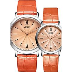 preiswerte Armbanduhren für Paare-Paar Armbanduhr Quartz Schlussverkauf Cool / Leder Band Analog Freizeit Modisch Schwarz / Weiß / Silber - Weiß Schwarz Kaffee