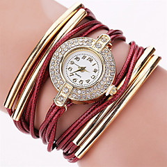 preiswerte Tolle Angebote auf Uhren-Damen Armband-Uhr Armbanduhr Quartz Strass Cool Punk PU Band Analog Charme Glanz Retro Schwarz / Weiß / Blau - Rosa Dunkelrot Hellblau / Imitation Diamant