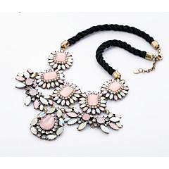 preiswerte Halsketten-Damen Kristall Statement Ketten - Blume Einzigartiges Design Rosa Modische Halsketten Schmuck Für Besondere Anlässe, Herzliche Glückwünsche