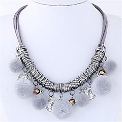 preiswerte Halsketten-Damen Quaste Statement Ketten - Kugel Quaste, Modisch Regenbogen, Rot, Leicht Grün Modische Halsketten Schmuck Für Alltag