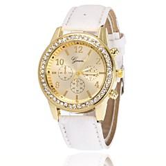 preiswerte Tolle Angebote auf Uhren-Damen Armbanduhr / Simulierter Diamant Uhr Chinesisch Imitation Diamant PU Band Charme / Freizeit / Elegant Schwarz / Weiß / Blau
