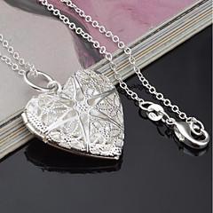 Недорогие Ко Дню Святого Валентина-Жен. Сердце Серебрянное покрытие Ожерелья с подвесками  -  Мода Серебряный Ожерелье Назначение Другое Подарок
