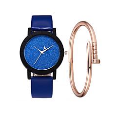 preiswerte Damenuhren-Damen Armbanduhr Quartz 30 m Kreativ Neues Design PU Band Analog Modisch Mehrfarbig Schwarz / Weiß / Rot - Orange Rot Blau