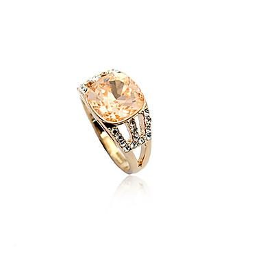 forma cristalina del diamante del anillo tachonado (colores surtidos)