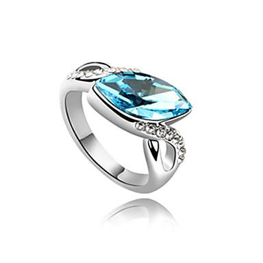 de aleación y cristal en forma de almendra anillo de platino plateado