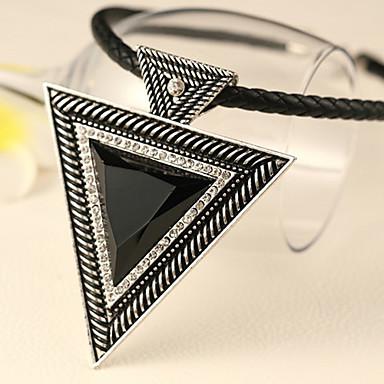 mordern (siyah üçgen kolye) gümüş alaşımlı tork ile siyah deri (1 adet)