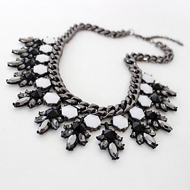 Kadın Zincir Kolyeler Mücevher Cross Shape Mücevher Değerli Taş alaşım Moda Kişiselleştirilmiş Euramerican Avrupa lüks mücevher Çiçekli