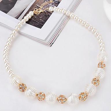 Naisten Pyöreä Pyöreä Choker-kaulakorut Tekohelmi Synteettinen timantti Helmi Metalliseos Choker-kaulakorut , Party Syntymäpäivä