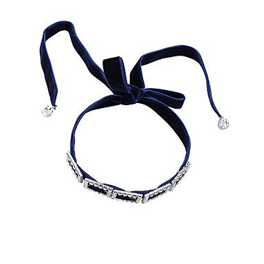 billige Mode Halskæde-Dame Kort halskæde Krystal Personaliseret Mode Sød Stil Euro-Amerikansk Smykker Til Bryllup Fest