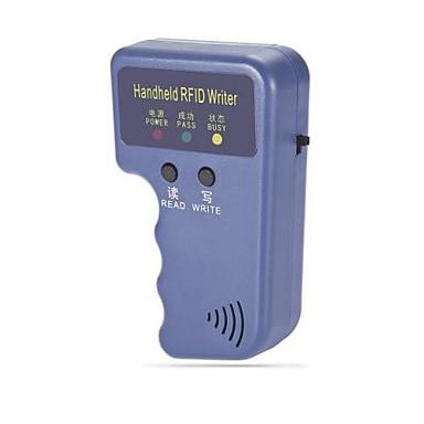 Kädessä pidettävä 125 kHz: n RFID-tunnistekortin replikointireplikaattori avainrenkaalla 3, jossa on kolme tunnuskorttia