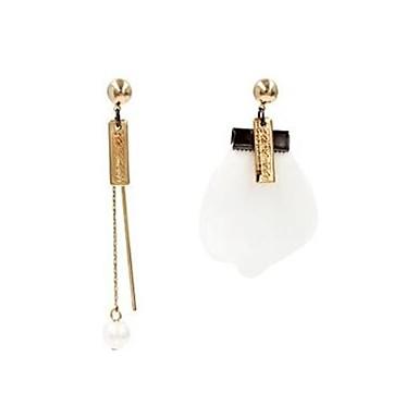 Pentru femei Cercei Stud Imitație de Perle La modă Personalizat Nepotrivirea Aliaj Flower Shape Geometric Shape Bijuterii PentruConcediu
