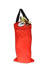 Czerwony samochodzik tylny ściółka bag torba organizator