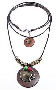 Damskie Circle Shape Kształt Kreskówka Wyrazista biżuteria Nowoczesne Warstwy Naszyjniki , Drewniany Sznur Stop Warstwy Naszyjniki