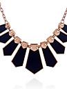 Femme Irregulier Forme Mode Pendentif de collier Colliers Declaration Acrylique Alliage Pendentif de collier Colliers Declaration Soiree